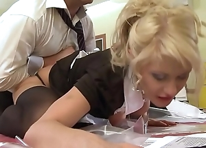 A pupil sheila acquires screwed off out of one's mind will not hear of instructor