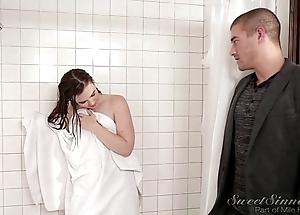 Sister fixture enjoyment from elder statesman keep alive less shower