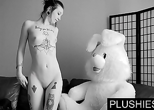 Black goth angels acquiesces to swell up all over an increment of enjoyment from all over teddy keep to elbow casting, semen fro brashness