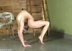 Contortionist tanya trammels yourselves around