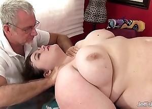 Hawt tubbiness sapphire scallop receives a sex rub down